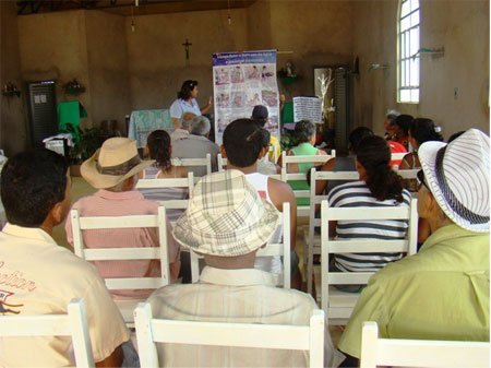 Reunião de orientação da Embasa em Baianópolis