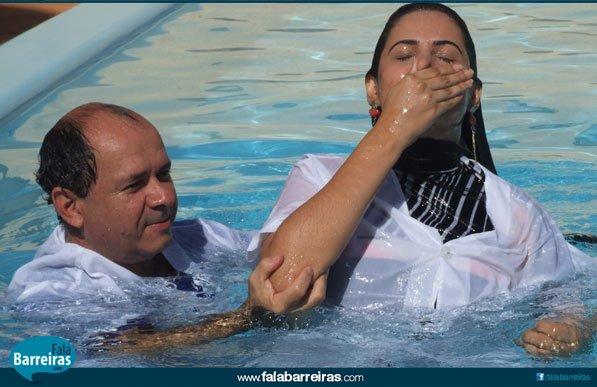 Oito novos cristãos entregaram suas vidas à Jesus.