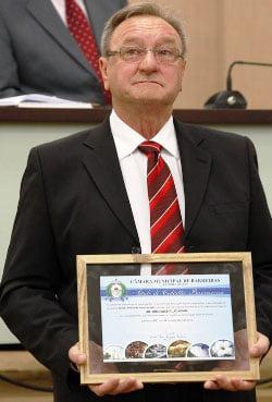 Antônio Guadagnin recebe título de cidadão barreirense