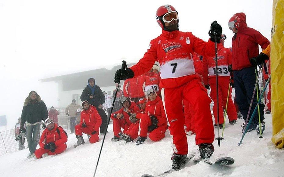 Michael Schumacher pratica o esqui alpino desde os tempos de Ferrari (Foto: Agência Getty Images)