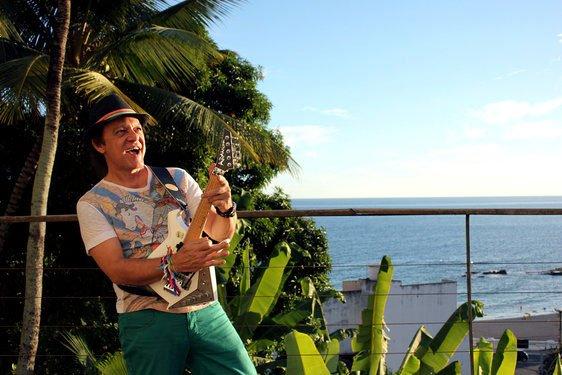 Novo CD de Armadinho 'Afro Sinfônico Guitarra Baiana', será lançado este ano