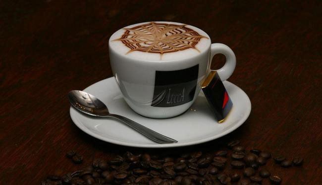 Aumentar em uma xícara e meia o consumo de café ajuda a reduzir em 11% o risco de diabetes   Foto: Haroldo Abrantes - Arquivo/Ag. A TARDE