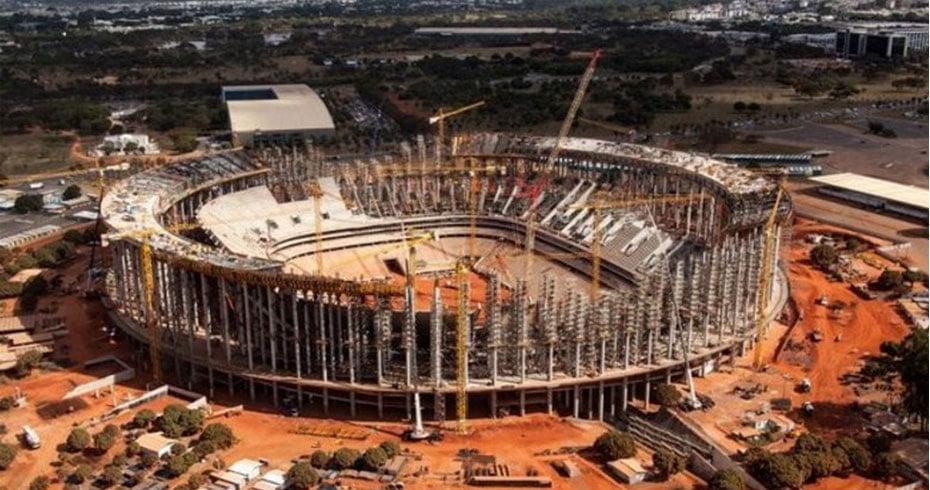 Com altos valores, alguns dos estádios da Copa foram construídos em Estados que não têm clubes com grandes torcidas e ficam para trás quando o assunto é tradição no futebol | Foto: Divulgação.