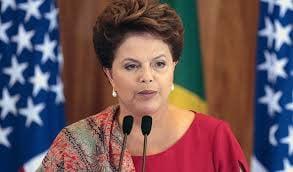 Dilma Rousseff lidera pesquisas
