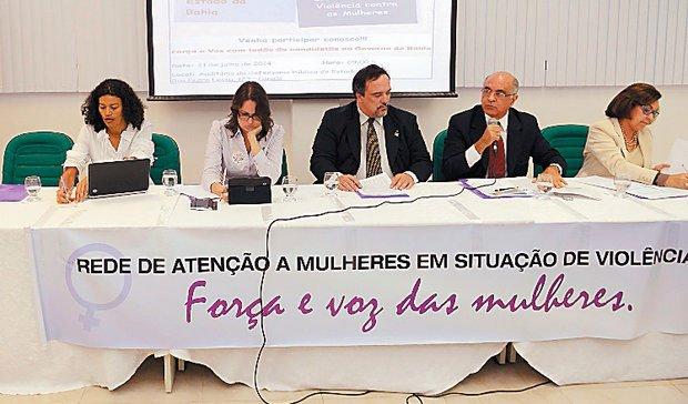 Candidatos condenam petista em evento sobre violência contra mulher | Foto: Divulgação