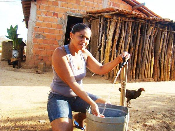 Moradora Elisângela Soares dos Santos, povoado Barrinha