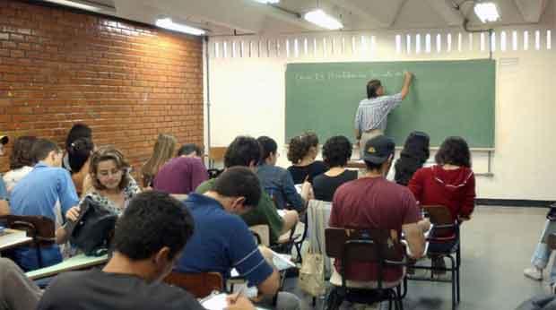 Educação: Índice que avalia ensino das escolas estaduais fica abaixo da meta do governo