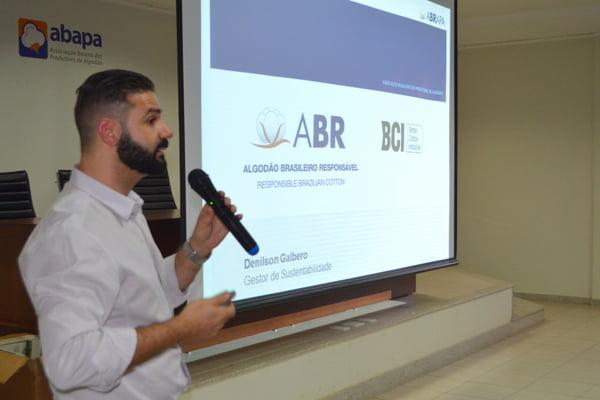 Gestor de sustentabilidade da Abrapa, Denilson Galbero participou do encontro