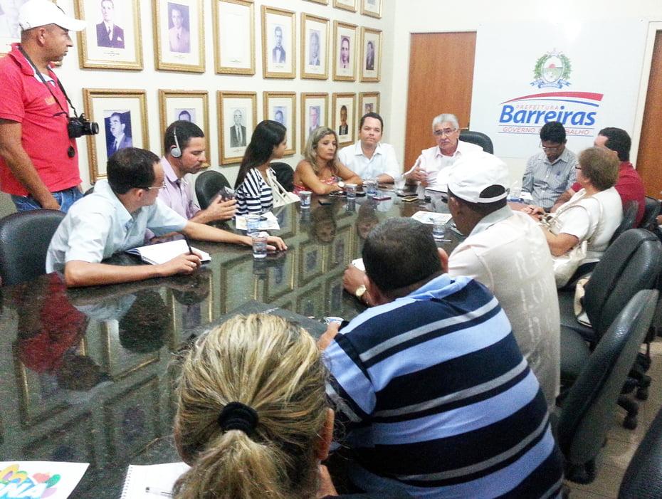 O anúncio oficial dos investimentos para o carnaval 2015 foi feito durante coletiva de imprensa | Foto: Cheilla Gobi