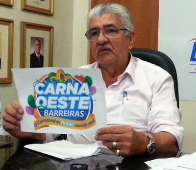 Prefeito apresenta nova marca do Carnaoeste de Barreiras | Foto: Cheilla Gobi