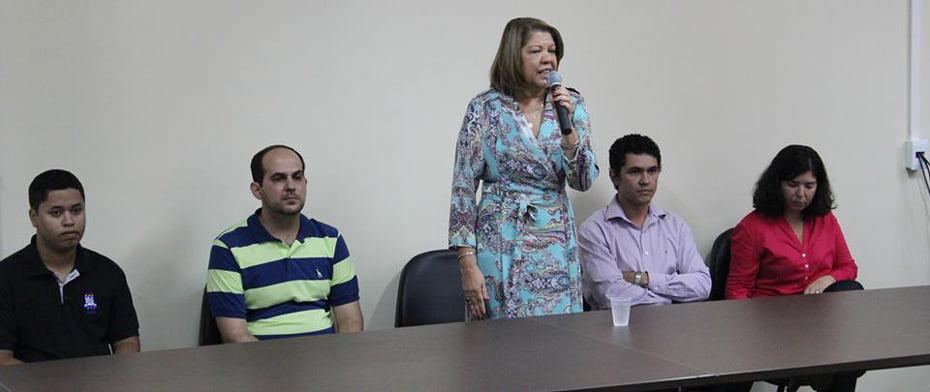 Reitora Pro Tempore, professora Iracema Veloso, participa de aula inaugural da Ufob | Foto: Ascom Ufob