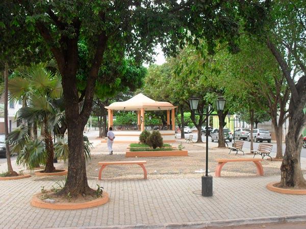 Coreto de Barreiras, localizado na praça Duque de Caxias, um dos pontos culturais de Barreiras | Foto participante do Concurso Fotográfico Napoleão Macedo, da Ufob