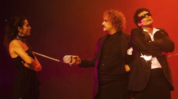 Devido-ao-grande-sucesso,-Los-Catedrasticos-Nova-Mente-prorroga-temporada-ate-9-de-agosto-no-Teatro-Modulo-02