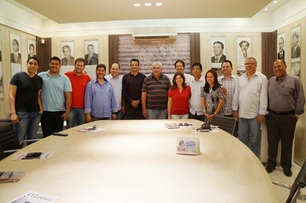 Produtores da Ôpa Filmes com a direção da CDL e representantes da Prefeitura | Foto: Assecom CDL Barreiras