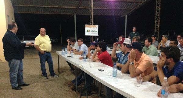 Aiba-ouve-agricultores-da-comunidade-de-Novo-Horizonte-01