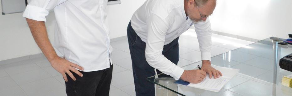 Abapa-firma-parceria-com-Veneza-Equipamentos-John-Deere-cp-flash