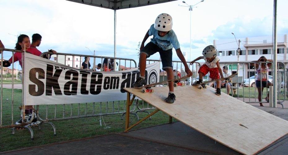 Até os pequenos praticaram skate | Foto: Jaíra Mariani