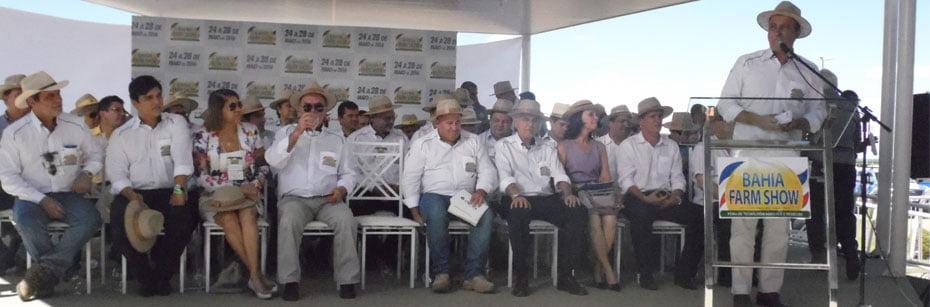 Presidio-e-aeroporto-de-Barreiras-sao-cobrados-na-abertura-da-Bahia-Farm-Show-cp-flash