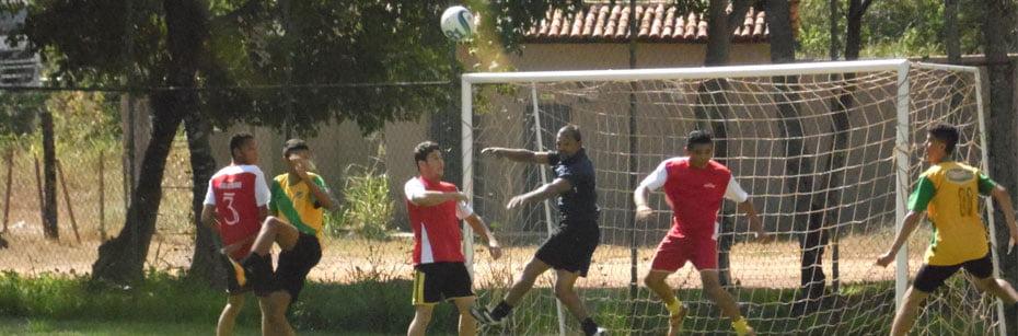 Trabalhadores-comemoram-seu-dia-com-churrasco-e-futebol-no-BNB-cp-flash