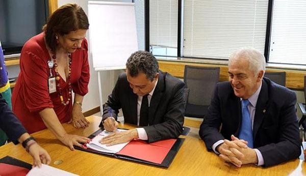 Governador comemorou a liberação dos recursos | Foto: Mariana Ceratti/Banco Mundial/Divulgação