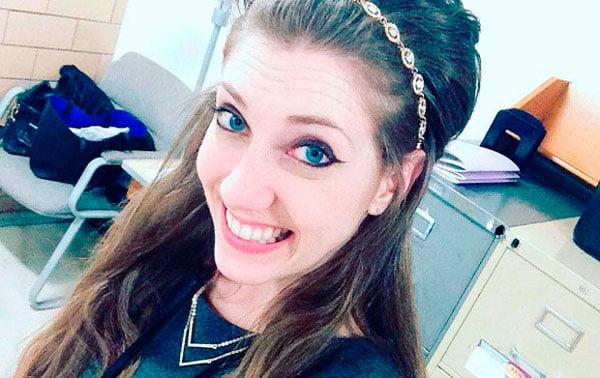 Professora culpa ambiente escolar por seu relacionamento com aluno de 17 anos | Foto: Reprodução/Facebook