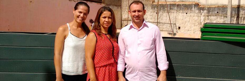 Escola-Iazinha-Pamplona-ganha-quadra-e-recebe-visita-de-secretario-cp-flash