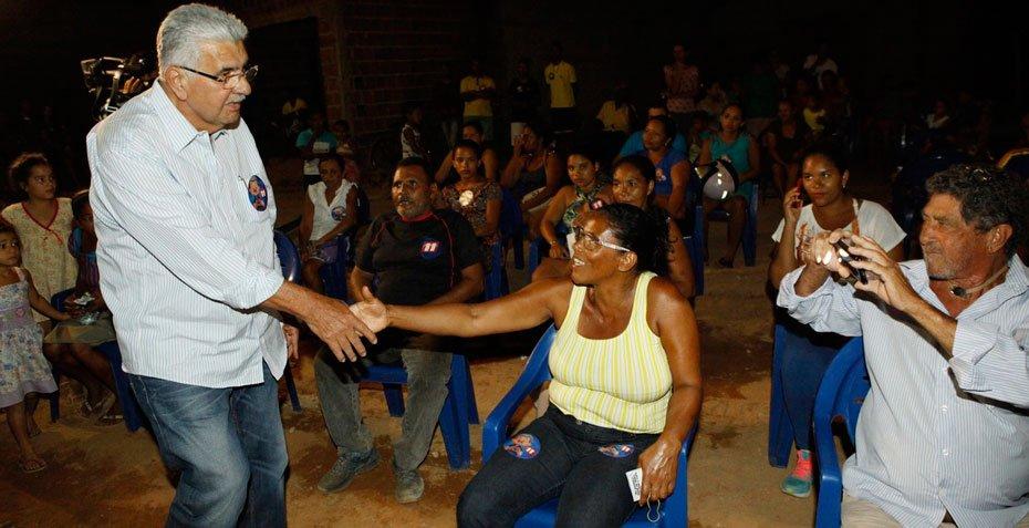 antonio-henrique-recebe-apoio-de-pequenos-agricultores-da-comunidade-da-conquista-02
