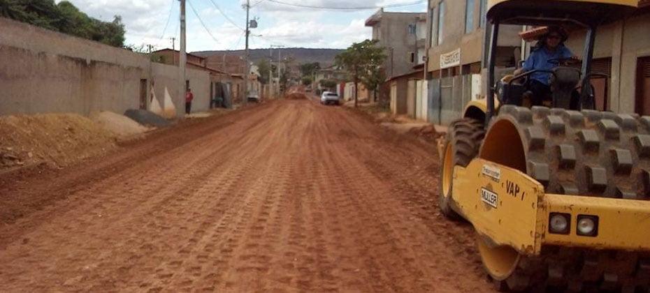 Ruas-da-Vila-Rica-e-de-Barreirinhas-recebem-03
