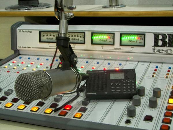 Se a decisão prevalecer, haverá reviravolta em rádios do Oeste | Foto: Reprodução Blog do Eduardo Dantas