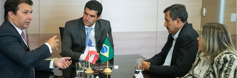 ministro-da-integracao-nacional-recebe-zito-barbosa-em-audiencia-em-brasilia-cp-flash