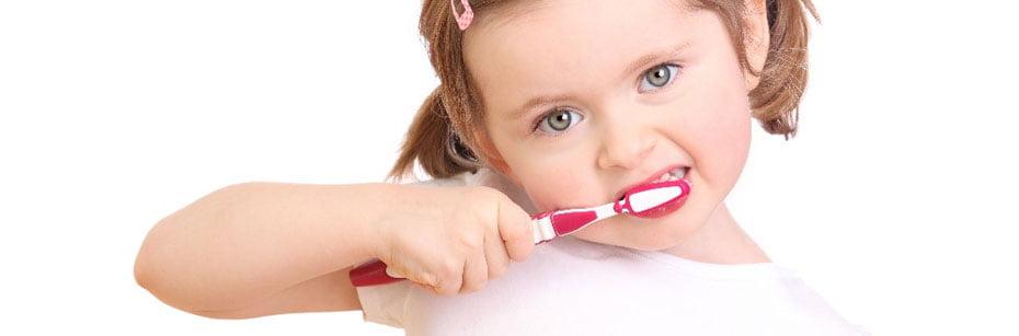 odontopediatra-da-dicas-de-saude-bucal-para-criancas-cp-flash