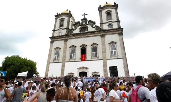 A festa na Igreja do Bomfim esteve animada | Foto: Amanda Oliveira/GovBA
