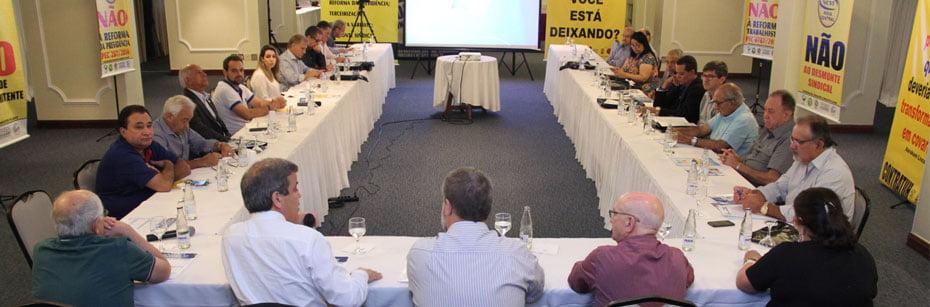 09 Entidades-sindicais-apoiam-proposta-da-OAB-substitutiva-a-Reforma-da-Previdencia-cp-flash