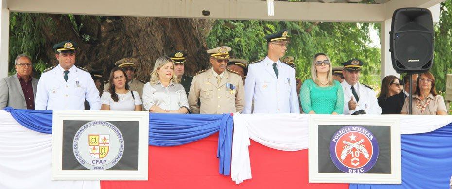 Policia-Militar-comemora-192-anos-e-42-do-10°-BEIC-01
