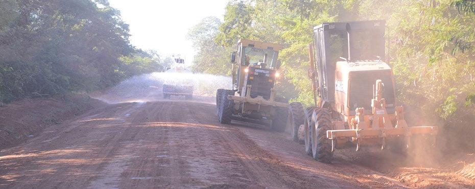 Estradas-de-acesso-a-comunidades-rurais-de-Barreiras-recebem-melhorias-01