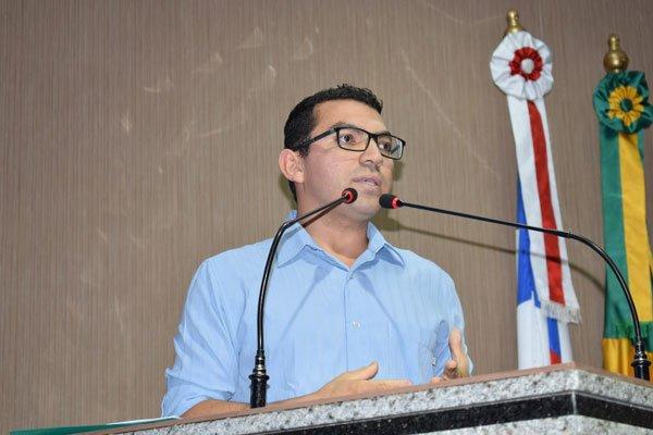 Carlos Augusto Brito, membro do Conselho Administrativo da Comunidade São Francisco de Assis, do bairro Vila Amorim | Foto: Silvania Costa