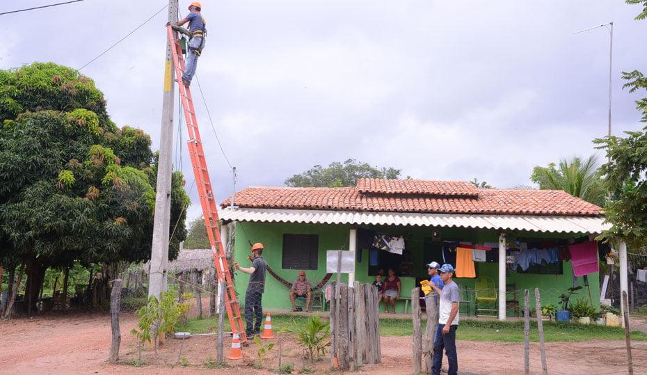 Mata-da-Cachoeira-recebe-iluminacao-publica-02